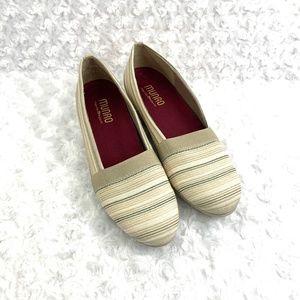 MUNRO Bonita Slip On Striped Canvas Comfort Shoes